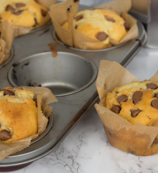 30 Minuten Muffins mit Schokoladenstücke