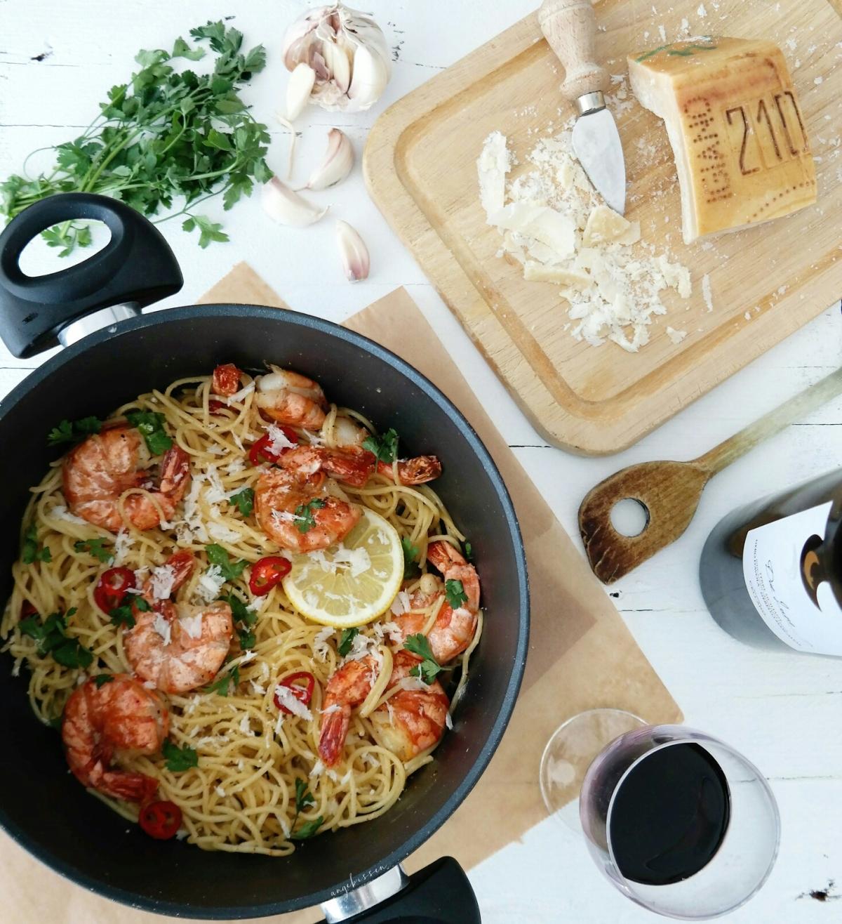 Zitronen Knoblauch Spaghetti mit Garnelen