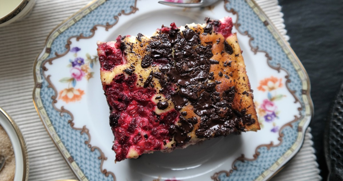Fudgy Raspberry Cheesecake Brownie
