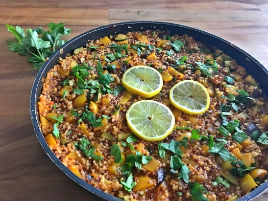 Vegane Couscous Quinoa Gemüse Pfanne