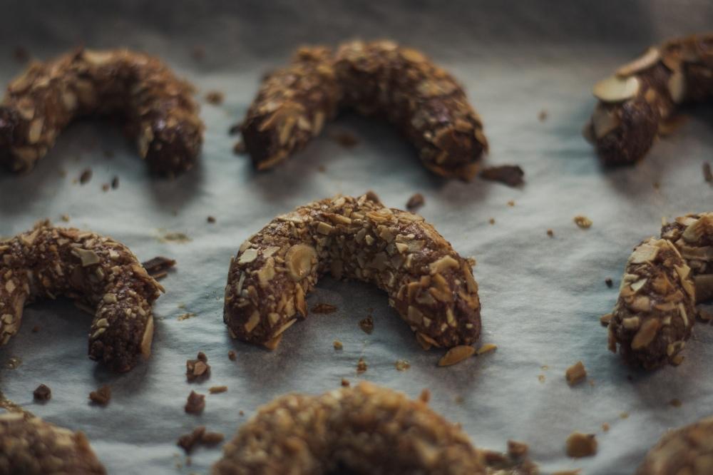 Schokoladen Nuss-Hörner